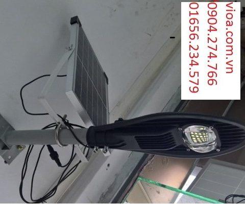 đèn đường led năng lượng mặt trời 50w