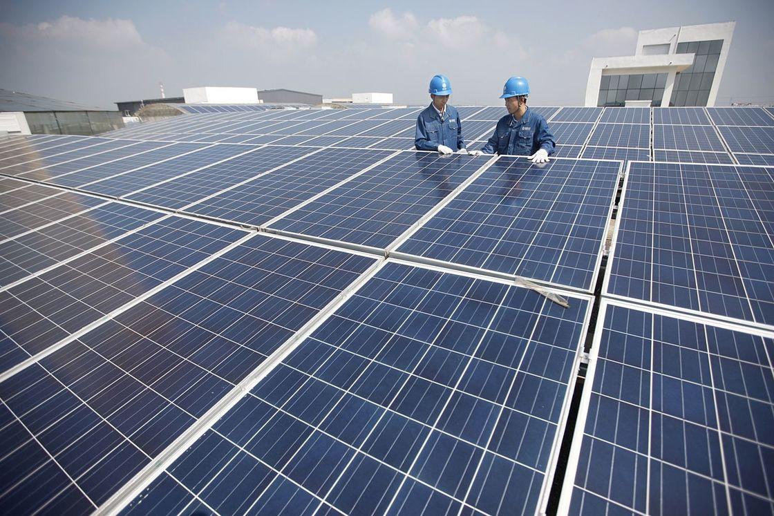 Tấm pin năng lượng mặt trời 270W poly